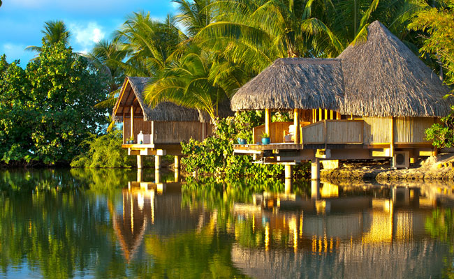 Oceanside Spa - Le Taha'a - Must See Places in French Polynesia - Society Islands Travel Guide - Society Island Places to Visit