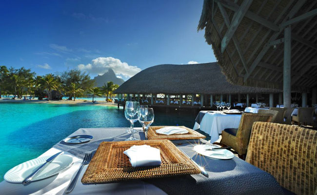 Poolside Dinner - Le Meridien Bora Bora - Best Places to See French Polynesia- Society Islands Travel Guide - Society Island Places to Visit