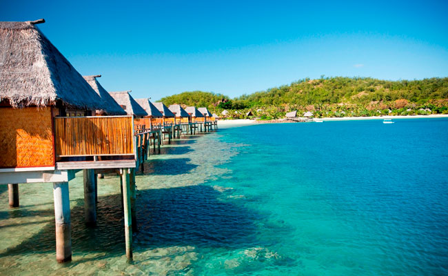 Overwater bungalows in Malolo - Likuliku Lagoon Resort - Fiji Travel - Trip to Fiji