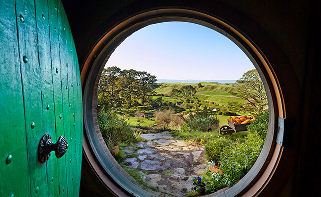 Lord of the Rings Movie Sites - Hobbiton Movie Set in New Zealand