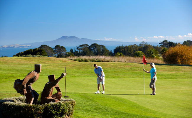 Putting on the greens at Formosa Country Club - Tourism New Zealand - Golf Travel in New Zealand and Australia