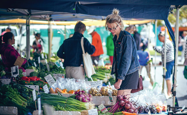 Farmers Market - Tourism Australia - Travel Australia Food and Wine