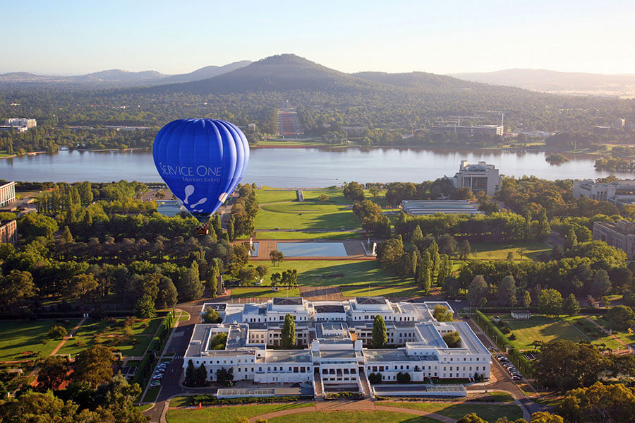 Hot Air Ballooning Over Canberra - Book Your Australia Vacation - Australia Travel Agency