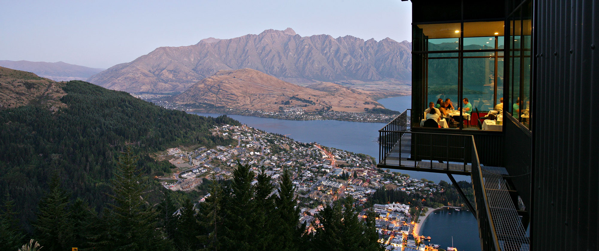 Best New Zealand Vacation - Must see Queenstown - Adventure - Highlights - New Zealand Higlights
