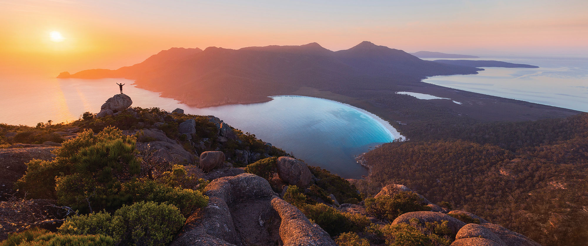 Honeymoon in Australia: Tasmania Outdoor Encounters - Sunrise at Freycinet National Park, Wineglass Bay