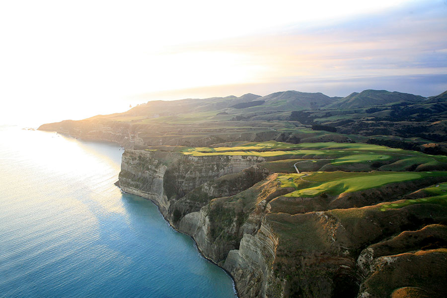 Cape Kidnappers Golf Package - New Zealand Golf Expert - Where to play in New Zealand - New Zealand Golf Tours