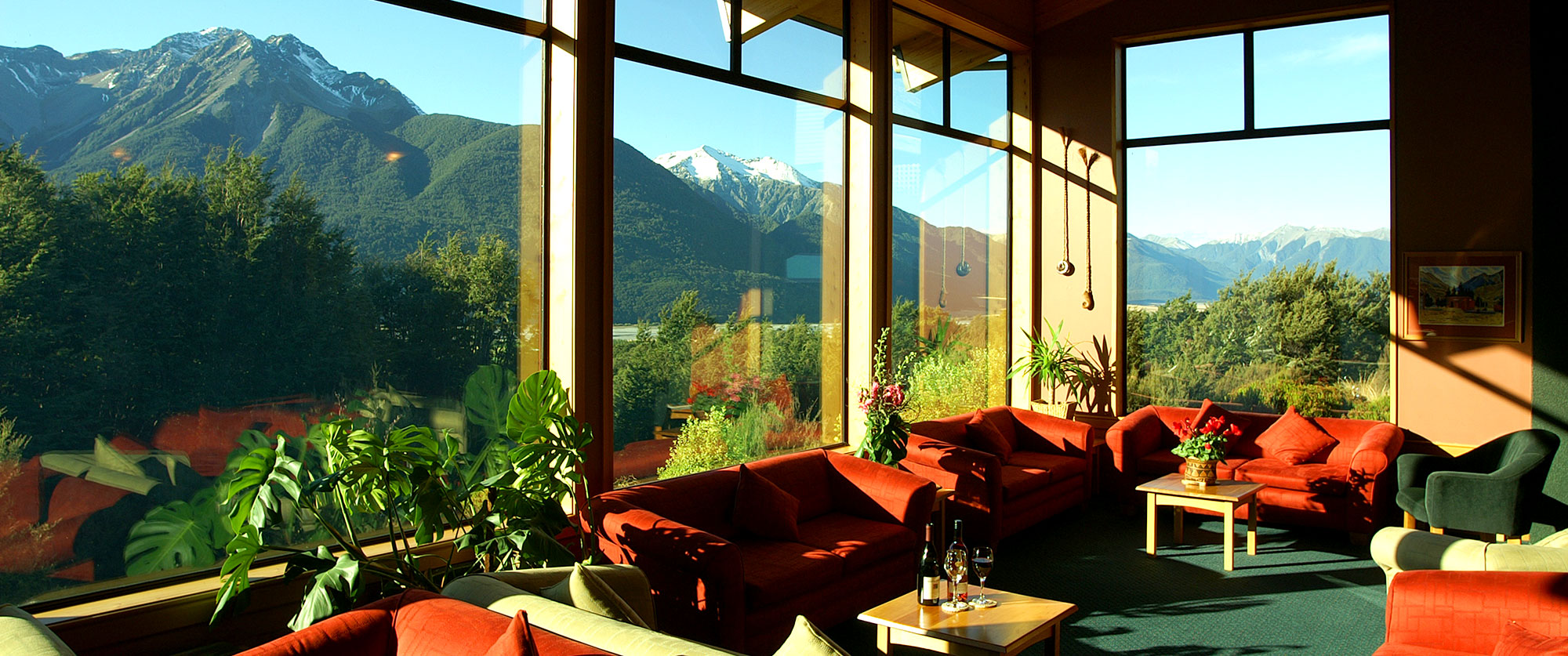 New Zealand Adventure - Penguins, Fiordlands, Wilderness - Wildnerness Lodge Arthur's Pass