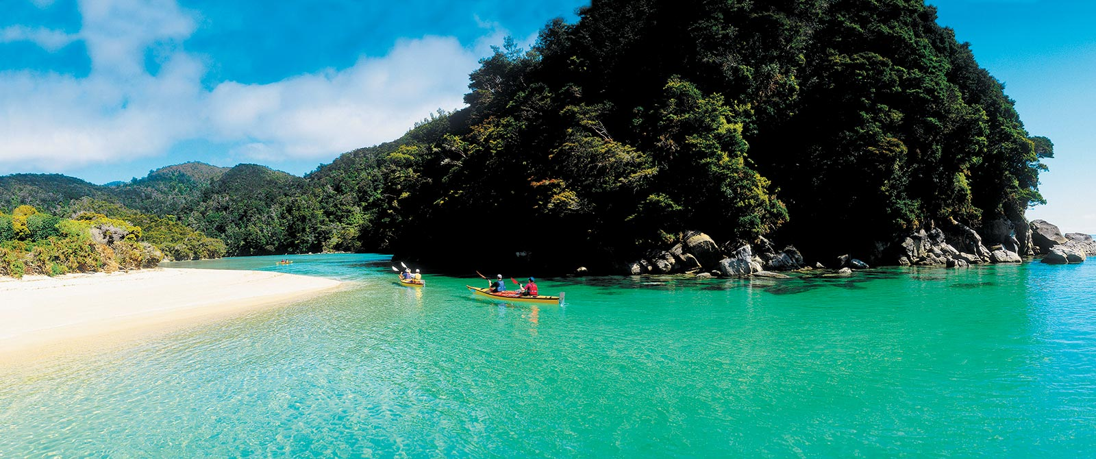 Sea Kayaking in Abel Tasman National Park - Book Your Trip to New Zealand - New Zealand Travel Agency