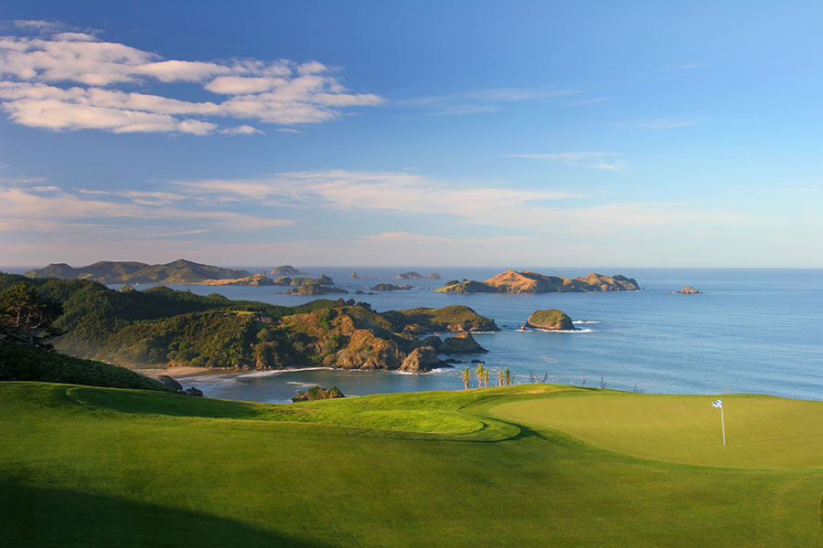 Kauri Cliffs Golf Course, Bay of Islands - Book Your Trip to New Zealand - New Zealand Travel Agency