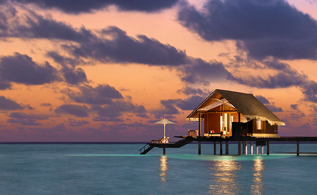 Best Overwater Bungalows Maldives - One&Only Reethi Rah Resort