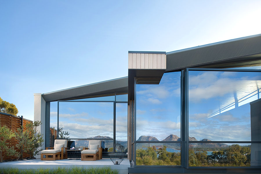 sm-18-jan-fri-saffire-freycinet-suite-external-900x600