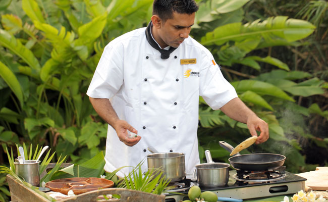 A cooking demo - Matangi Private Island Resort - Travel Fiji