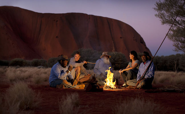 Aboriginal cultural experience in the outback - Tourism Australia - Australia Family Travel