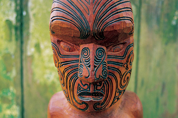 carved-figure-with-moko-maori-mc21_a3