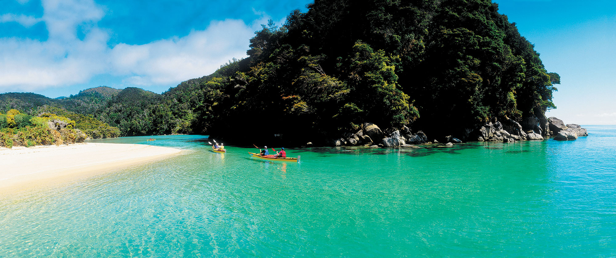 New Zealand Honeymoon Adventure - Sea kayaking Abel Tasman