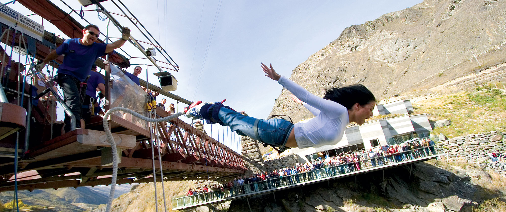 New Zealand Honeymoon Adventure - Bungee jumping Queenstown
