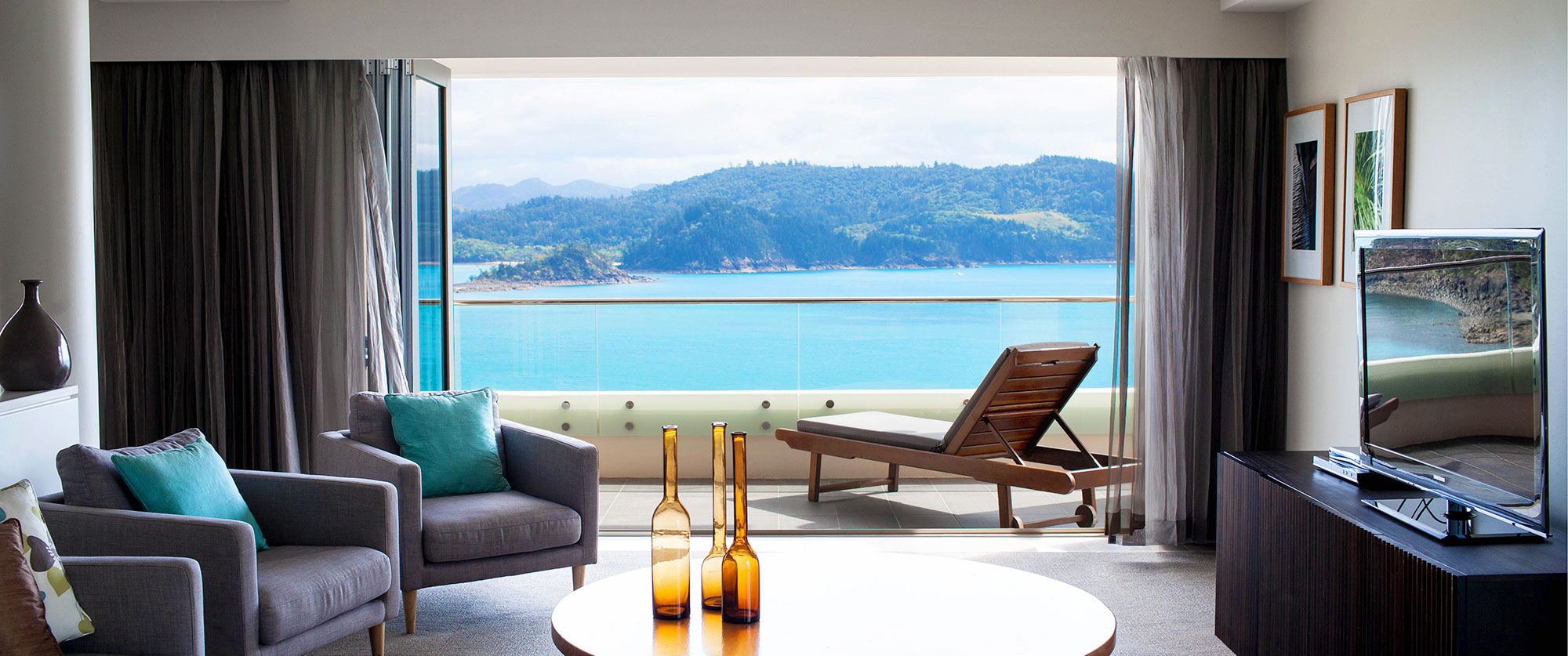 Australia Vacations - Great Barrier Reef Places to Stay - Reef View Hotel Whitsundays