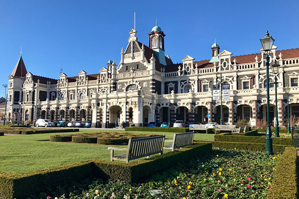 New Zealand Trips - Best Places to Go - Dunedin Railway Station