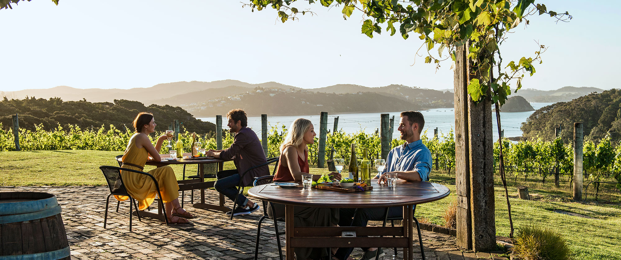 New Zealand Romantic Luxury Vacation - Wine and Dine in Bay of Islands