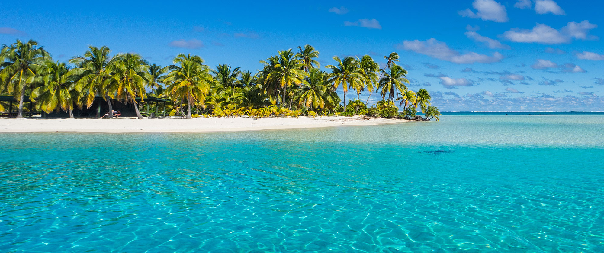 Cook Islands Lagoon and Beach - Plan Your Custom Cook Islands and New Zealand Journey Today!