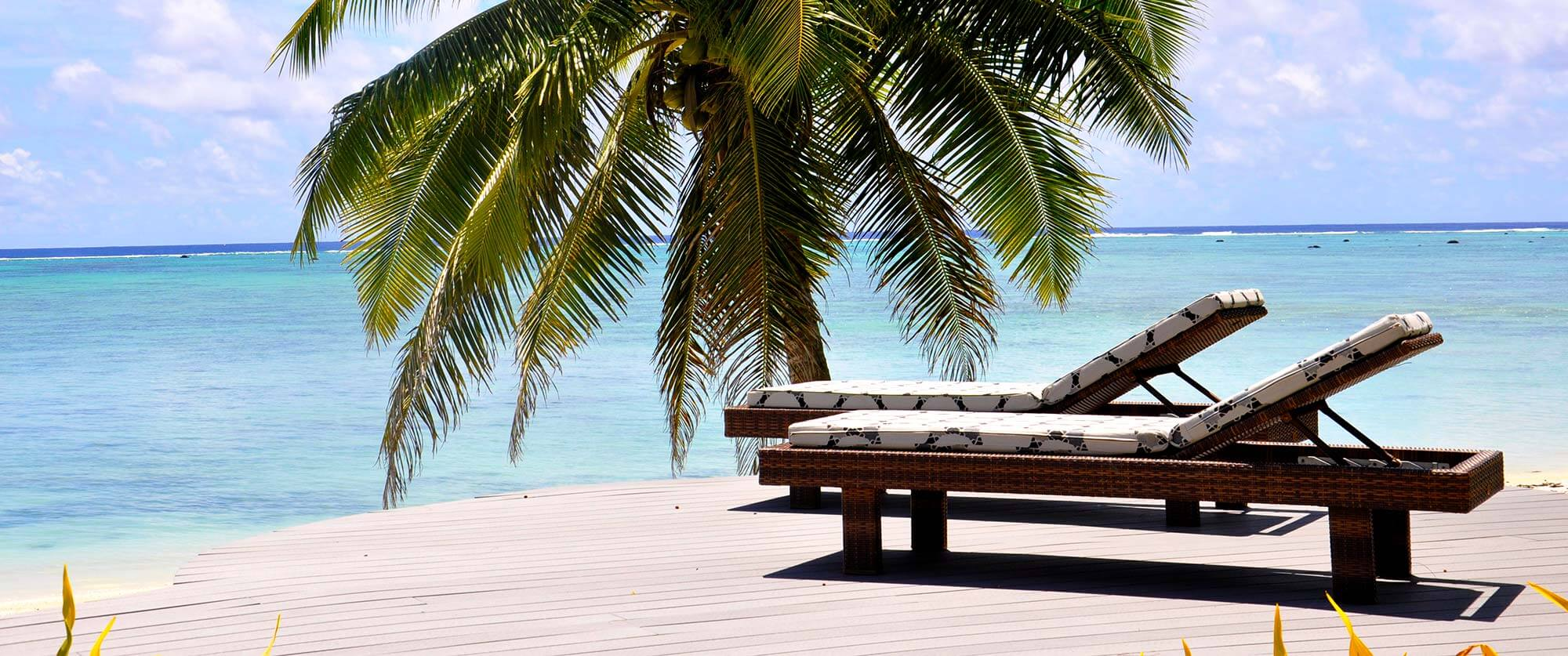 Aitutaki Escape Luxury Villas - Lagoon View on Private Deck - Cook Islands Beach Villas