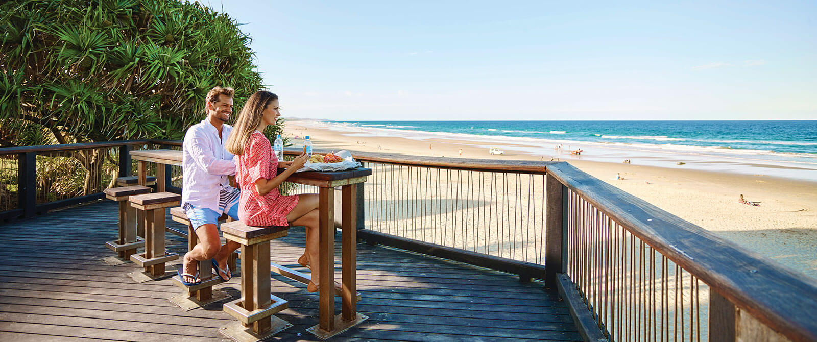 Beach Dining on the Sunshine Coast - Australia Getaway: Sunshine Coast and Kangaroo Island
